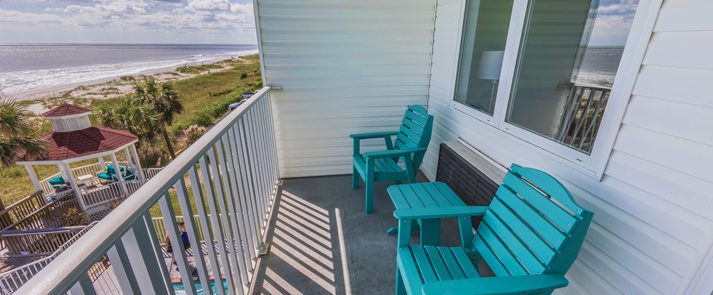 The Islander Inn, Ocean Isle, NC has beachfront rooms!